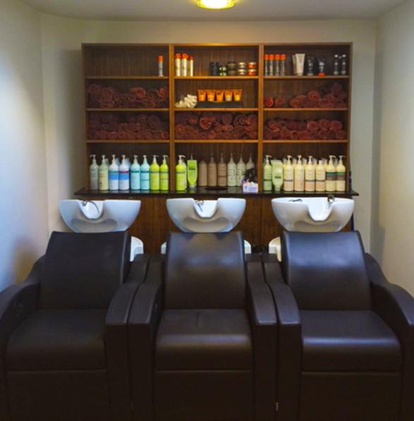 Best Hair Salon In The Conroe Tx Area: Yorks Leading Hair Salon